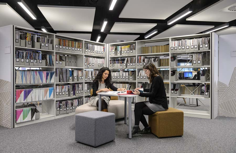 University_of_West_London_Library_UWL.073